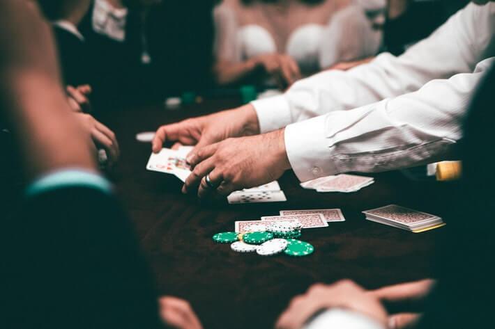 gambling bill passes alabama senate - featured image
